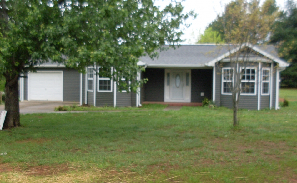 59 Red Bud Lane Monticello, Ky 42633